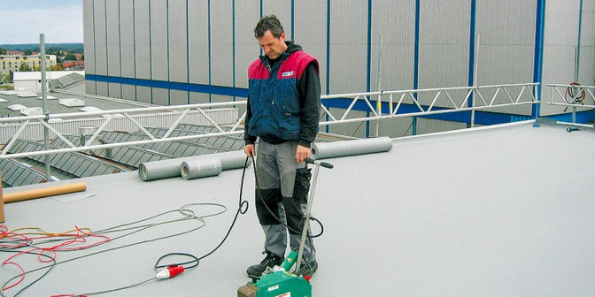 Flat roof ExtruPol - all year easy processing